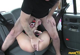 Man roughly fucked horny client on the anent seat