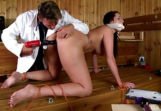Amateur comprehensive Paige Turnah pledged with the addition of fucked by a kinky guy