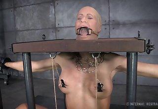 Stunning blonde pornstar Matt Williams tied up and agonizing