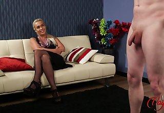 Kinky challenge masturbates be required of hot indulge Lillie Mae