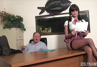Lustful college chick gets all kinds of ooze on her elderly professor