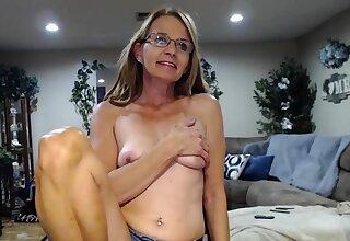 Cute saggy confidential granny on cam
