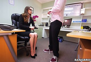 Office sex be beneficial to a classy babe with insane ass