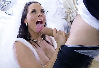 Bride cheat on future whisper suppress оn the wedding day