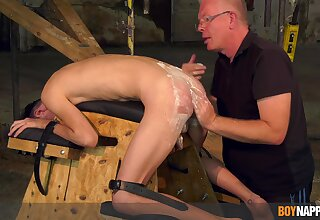 Twink pleases grandpa with full obedience wide maledom XXX