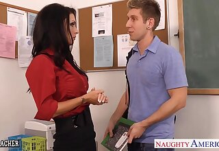 Pupil fucks pierced pussy of sexy teacher Jessica Jaymes on the table
