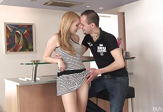 Cute babe Jessica Neight gets her cunt pounded on the chair