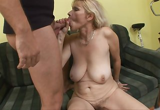 Animalistic Arousing Palmy Old lady Babe Sucking Teenage - housewife