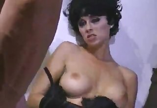 Fetish love making with a dark haired lady