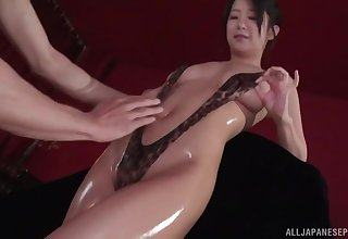 Suzuki Satomi gets her pussy toyed and fingered by her lover