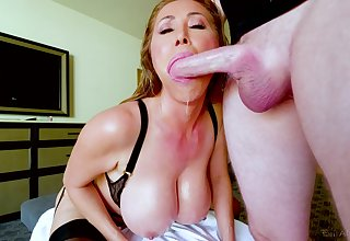 Kianna Dior is on her knees blowing and till such time as stalwart facial