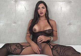 Big racked dirty minded kinky shemale Drika Lima loves anal berate
