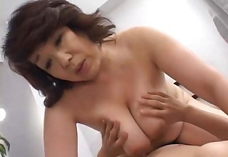 older japanese mammy gets fucked!