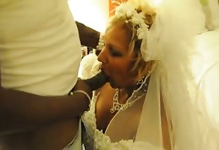 My cuckold economize on lets me attempt some amusement with a black man on our wedding night