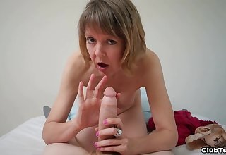 Amateur mature likes a difficulty leaning of dick in a flawless POV